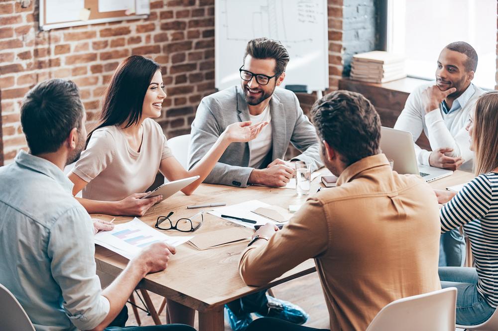 Panele dyskusyjne – jak wykorzystać ich potencjał
