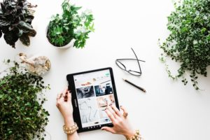 Skuteczna komunikacja e-commerce w mediach krok po kroku
